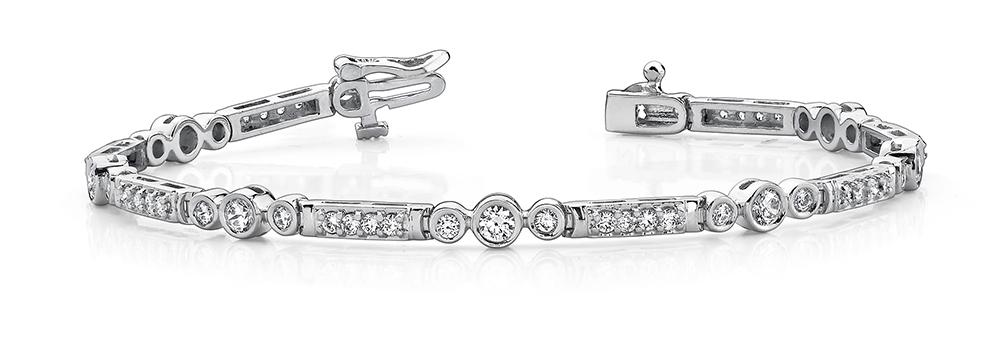Image of Circle Square Diamond Bracelet
